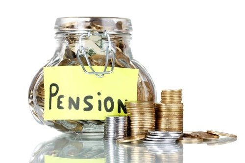 Nearly 33,000 Hungarians living abroad get pension from home