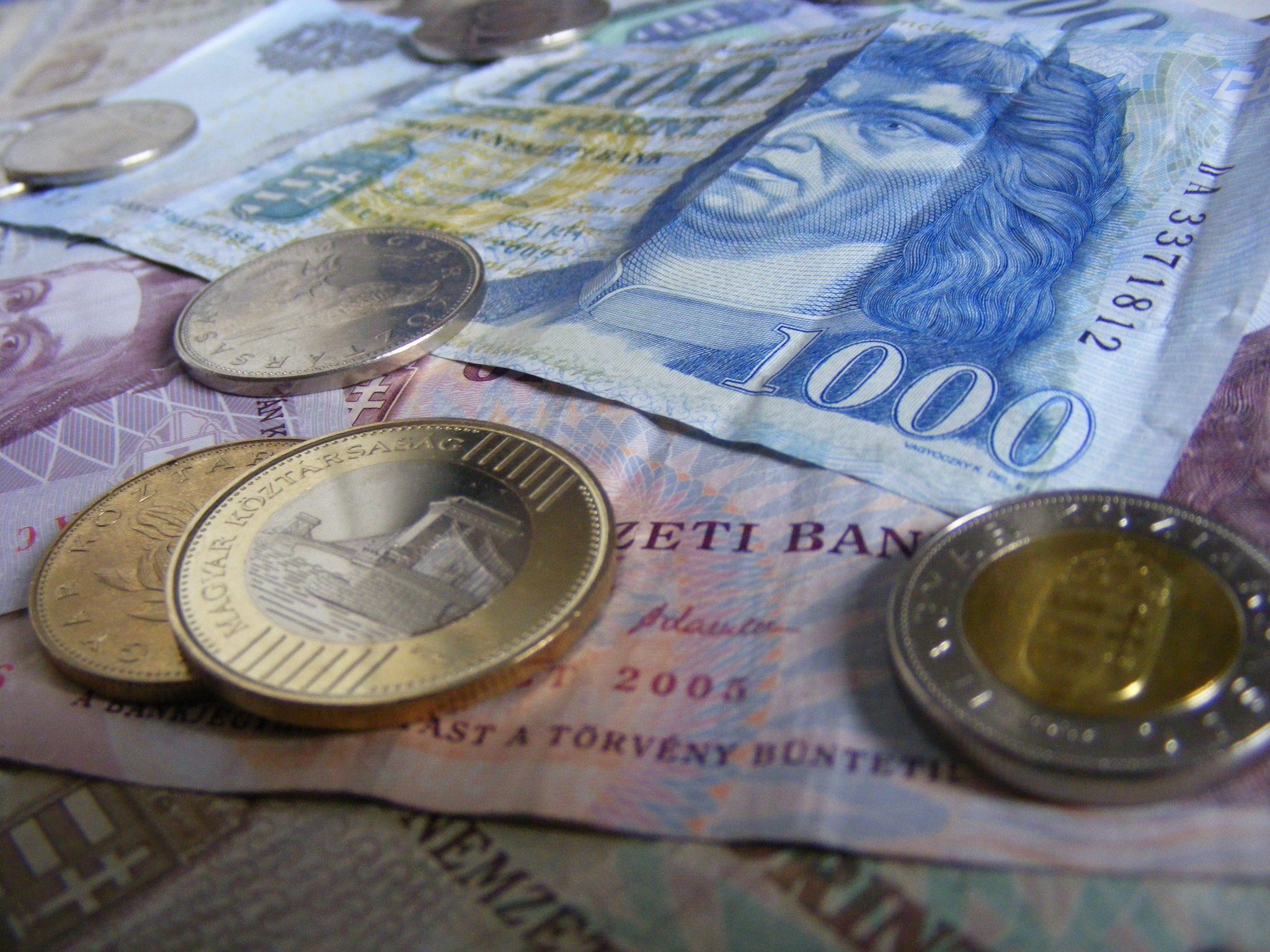 Forint Gains Fourth Day Leading Emerging Rally