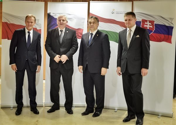 V4 countries sign new energy deal