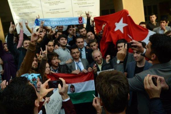 Turks support Székely freedom fight – Vona in Turkey