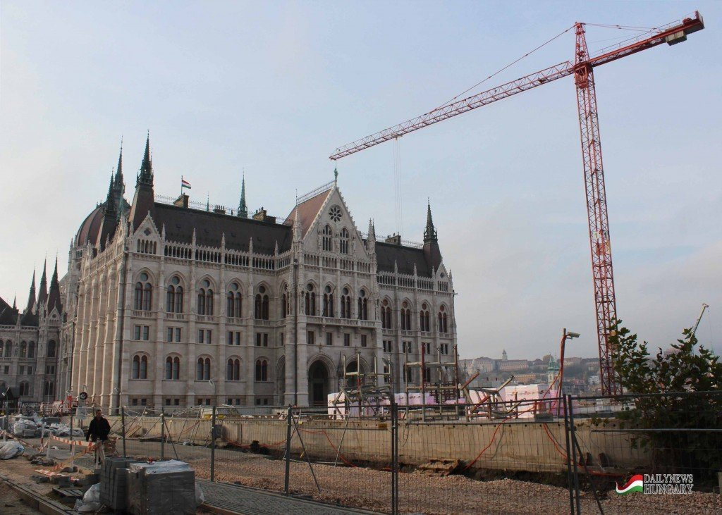 Hungarian-Parliament-1
