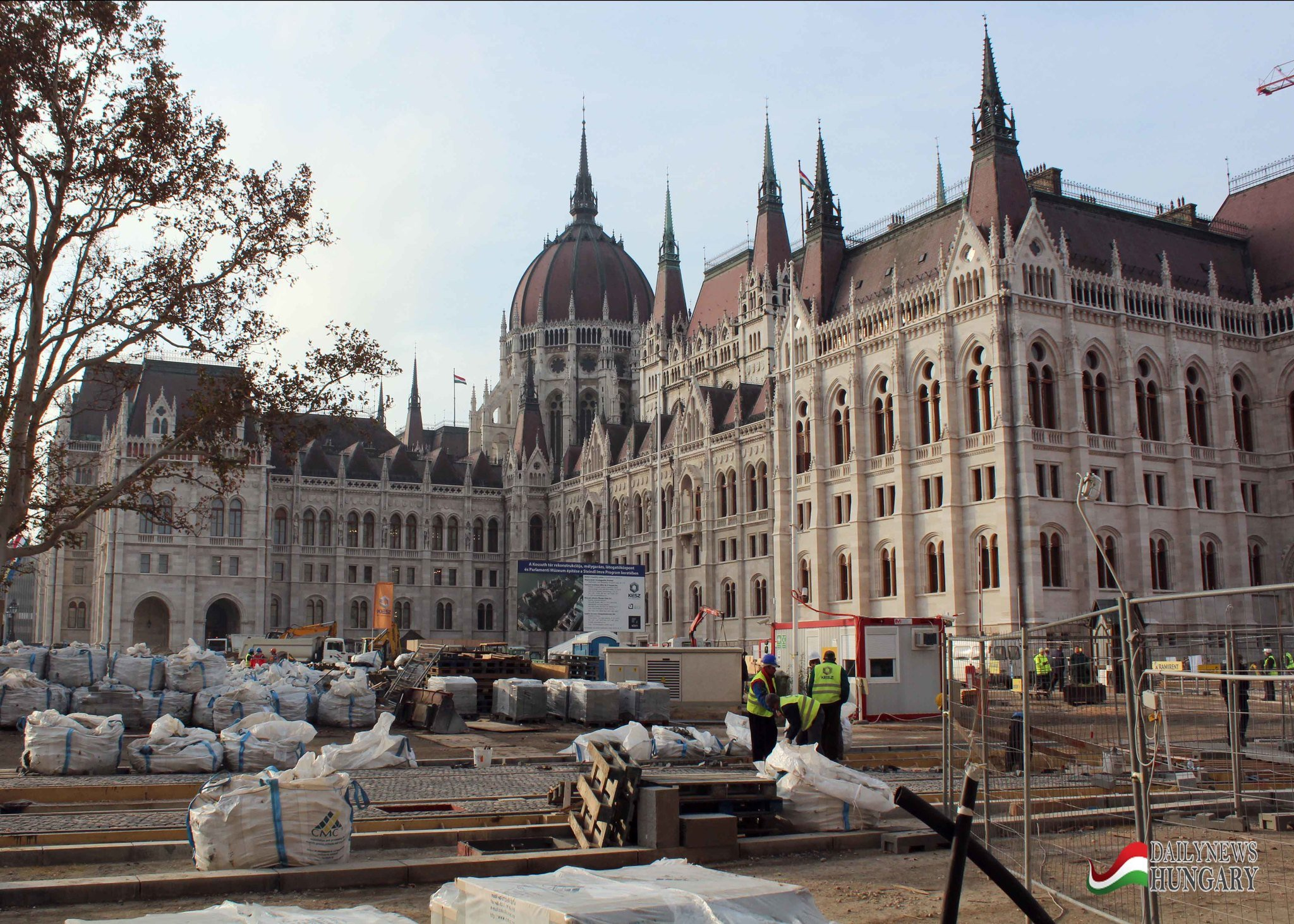 The Hungarian Parliament Area In Late November – Photo Gallery