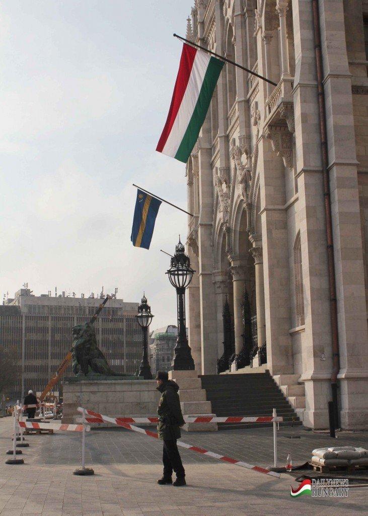 Hungarian-Parliament-7