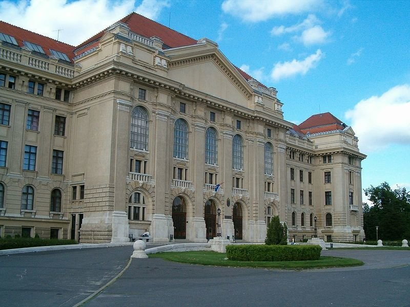 debrecen-univeristy