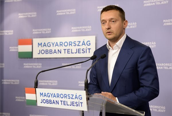 Fidesz: Gyurcsany the new leader of the left wing