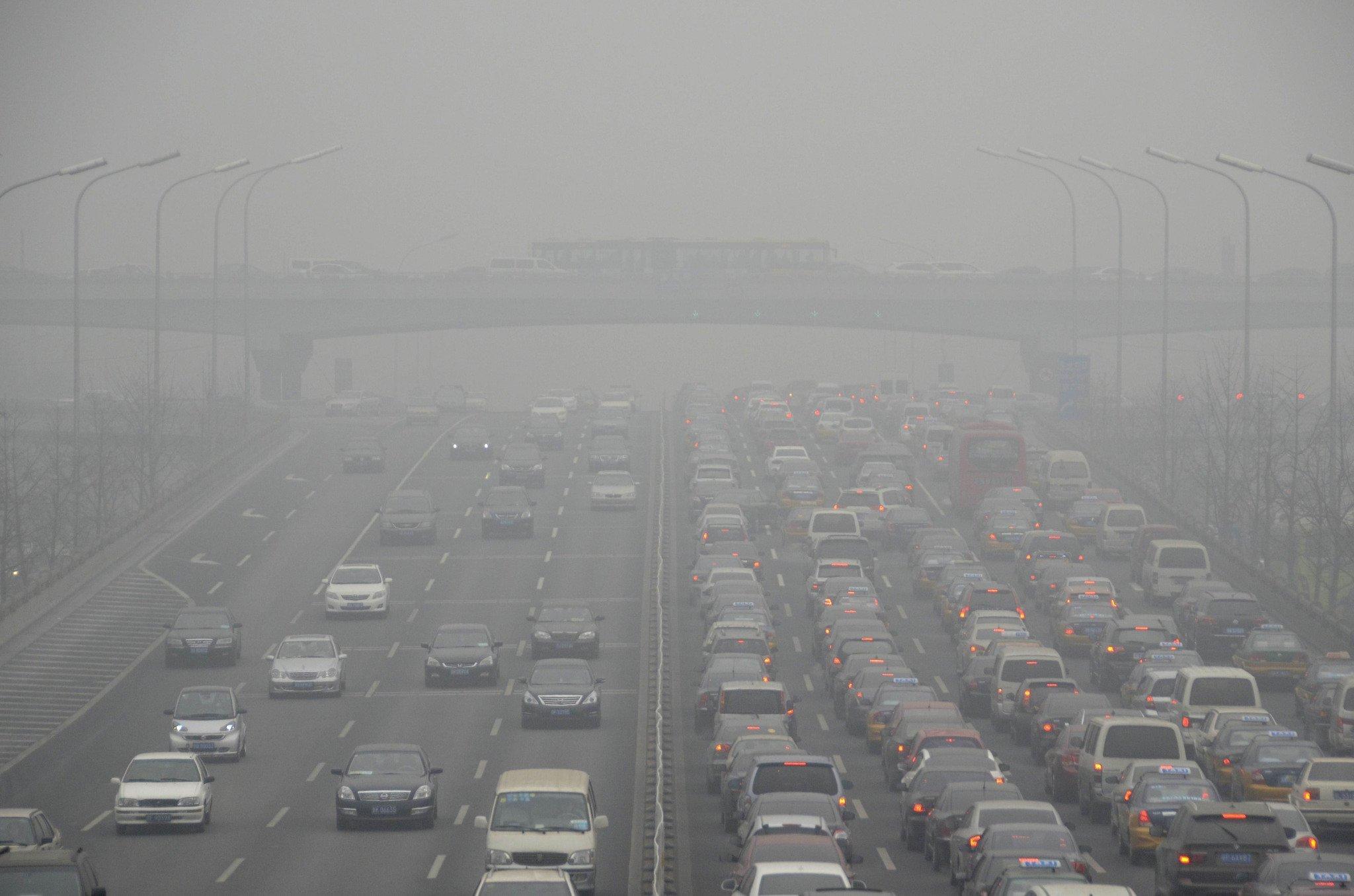 Budapest mayor lifts smog alert