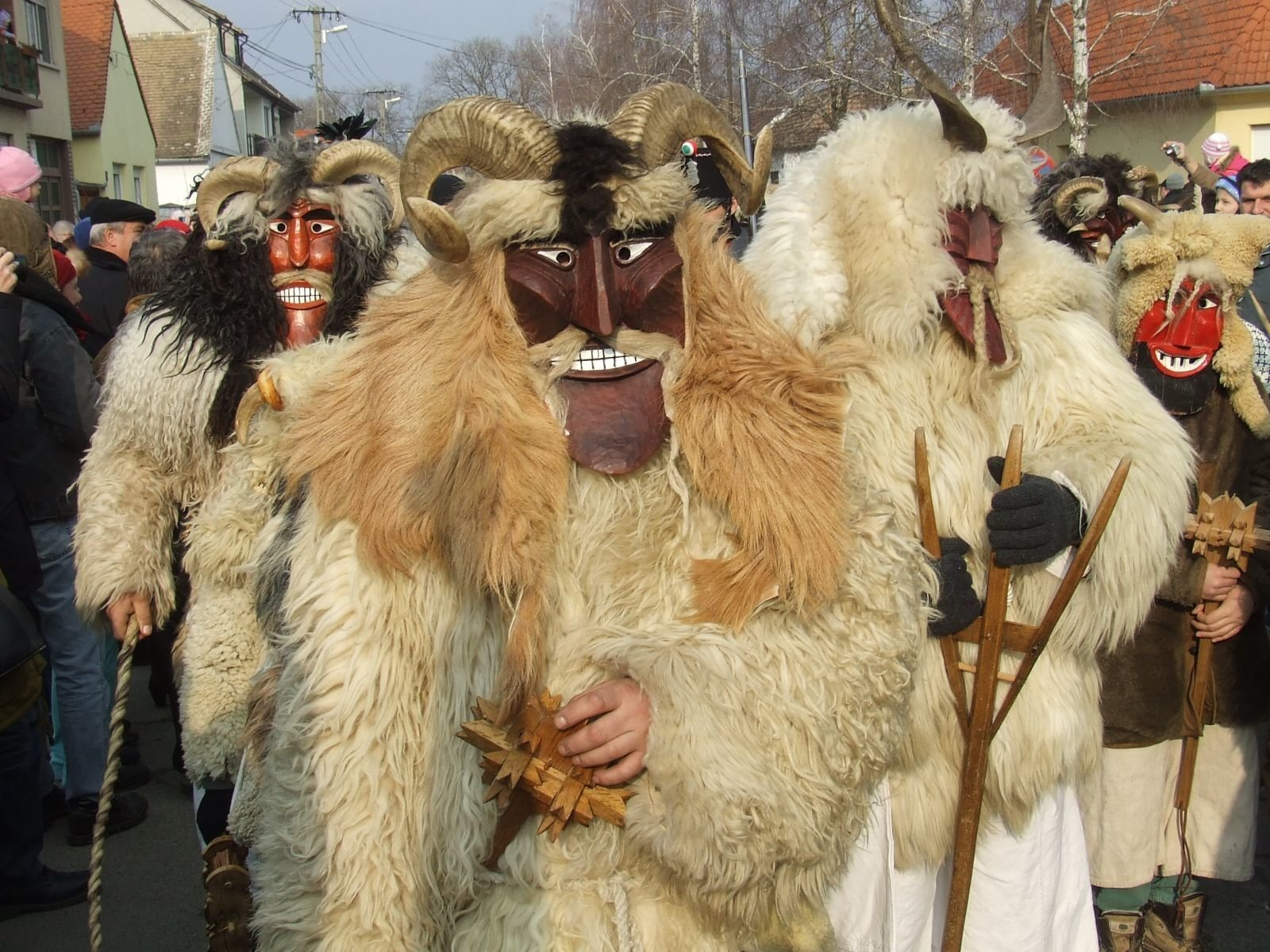 'Busó-Walking' From February 27 – Record Number Of Guisers And Sellers In Mohács