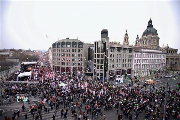 Political Speeches On March 15 – Vona (Jobbik)