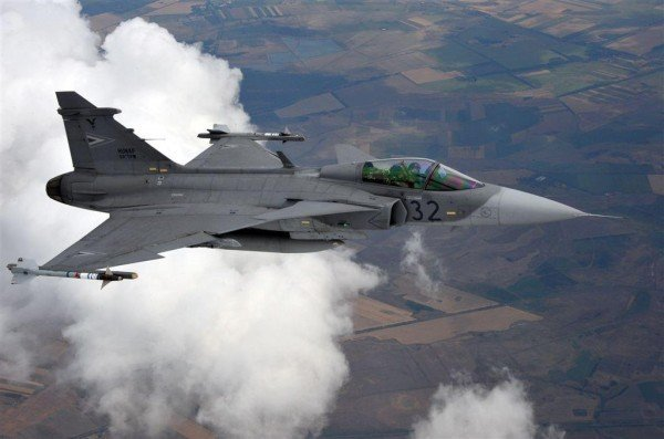 Air Force pilot training to be relaunched in Hungary