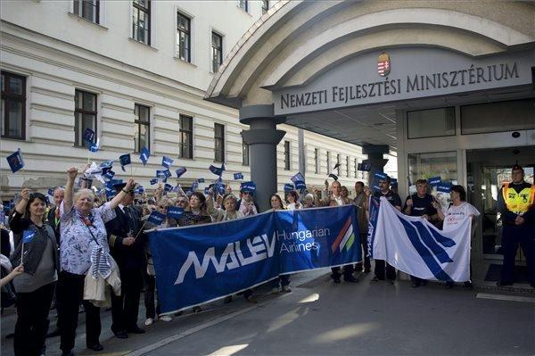 malev-demonstration-2014-2