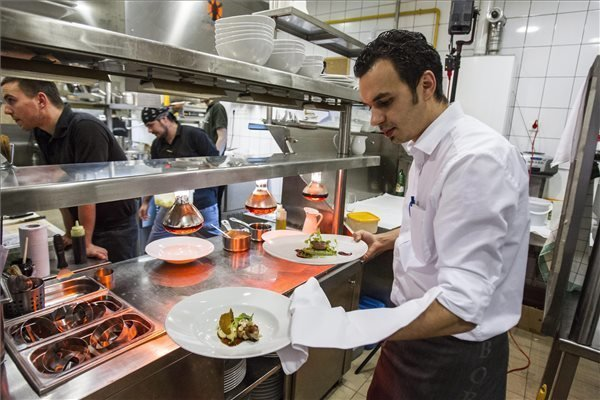 Budapest restaurant gets michelin star   daily news hungary