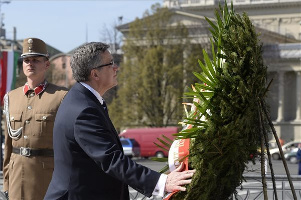 Polish President visits Hungary