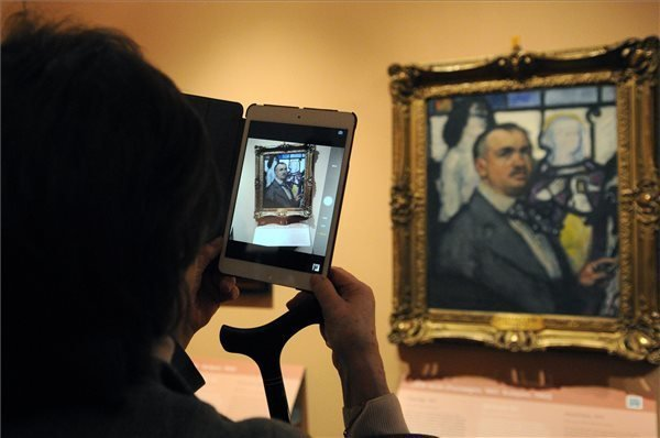 Uffizi Hungarian self-portrait exhibition first event of Budapest Spring Festival