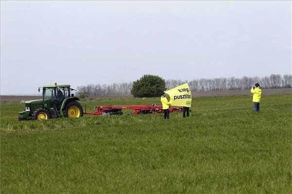 Land Fund Plans Legal Action In Kishantos Organic Farm Case
