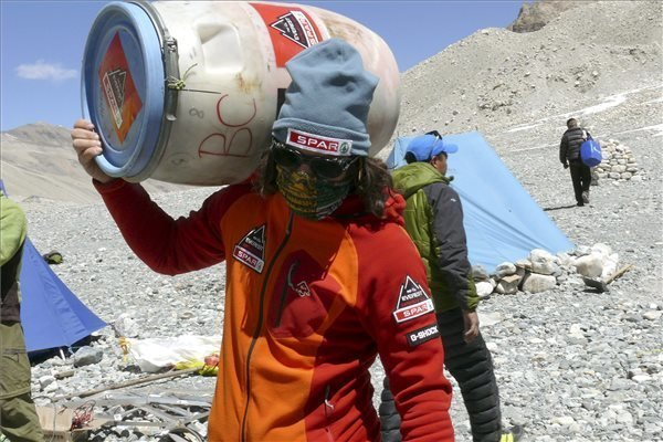 Everest Expedition: David Klein Reaches The Base Camp
