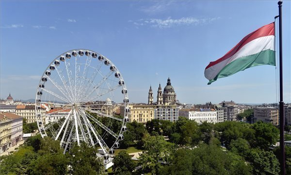 Sziget Eye Opens In Central Budapest