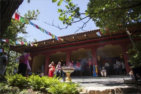buddha-hungary-2