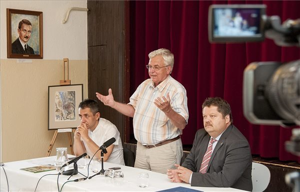 Govt Official Voices Commitment To Slovakia Ethnic Hungarian Party