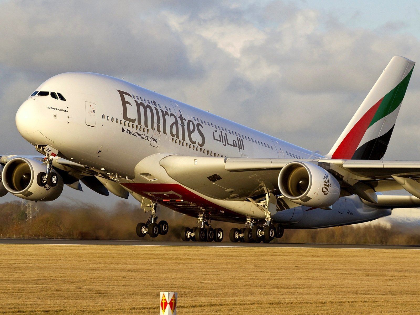 Daily Flight From Budapest To Dubai