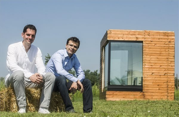 World's First Water House Presented in Kecskemet by Hungarian Architect