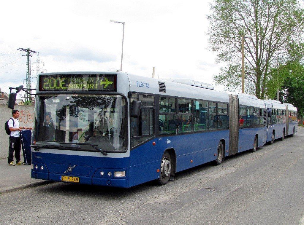 Bus line 200E