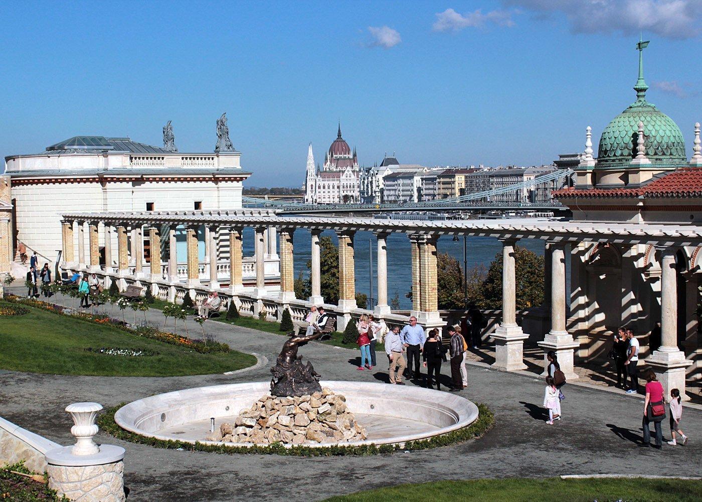 varkert bazar, Budapest - Daily News Hungary Kató Alpár