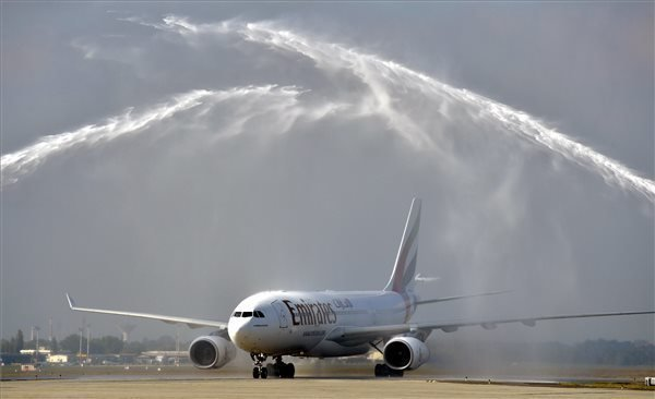 First Flight of Emirates Lands in Budapest