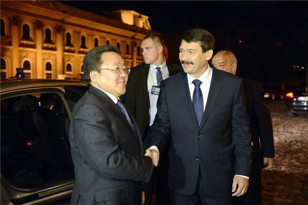 Hungary, Mongolia Presidents Discuss Bilateral Ties