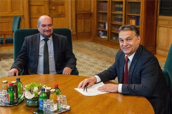 Orban Meets Hungarian Deputy of Ukrainian Parliament