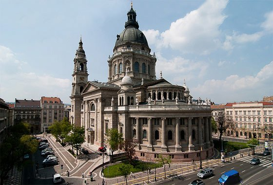 Reliquary in the Heart of Budapest – St. Stephen's Basilica