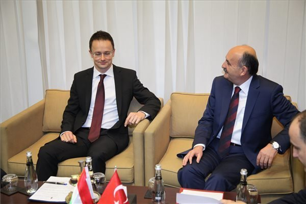 turkey-hungary-szijjarto-2
