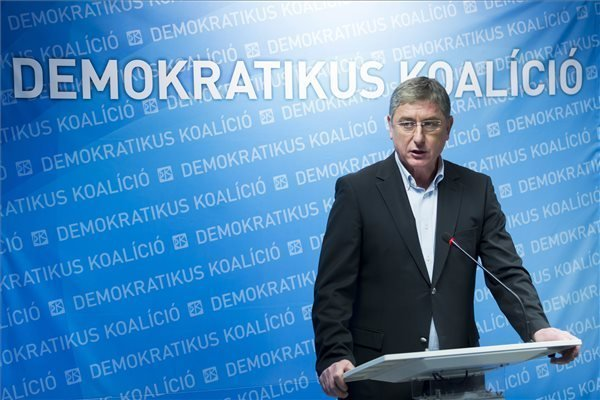 Fidesz governing ability compromised by loss of nearly 1m voters, says Gyurcsany