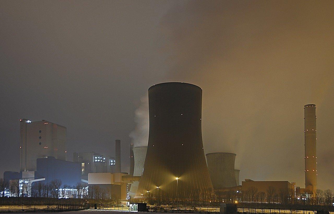 nuclear-reactors atom