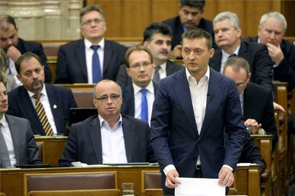 """Fidesz supports drug test proposal """"with strong refinements"""", says Rogan"""
