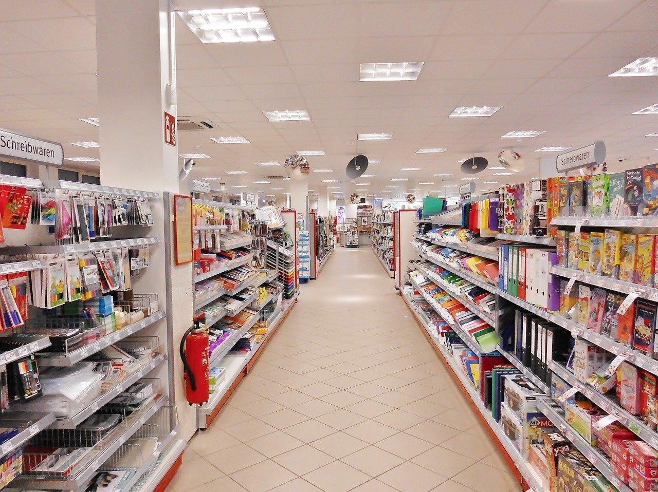 EC launches infringement procedure against Hungary over unprofitable supermarkets law