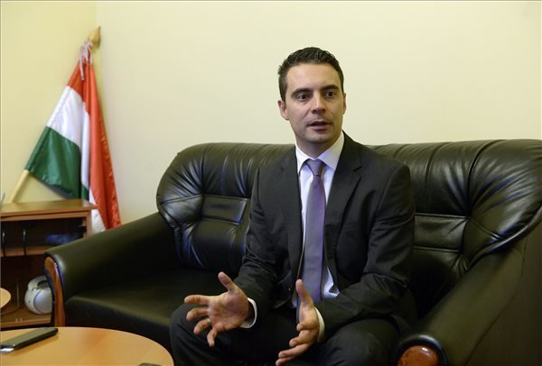 Gabor Vona: Jobbik wants to change the government, but without foreign influence