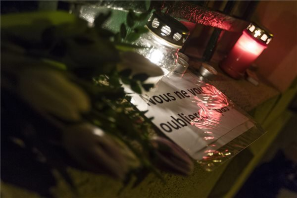 Orban and parlamentary parties condemn Paris attack on satirical magazine
