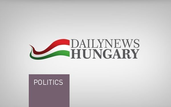 Budapest mayor open to referendum on Danube levee