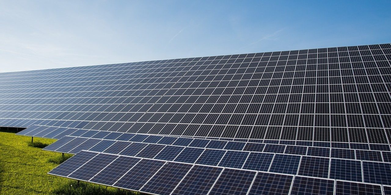 Jobbik calls on govt to withdraw planned tax on solar panels