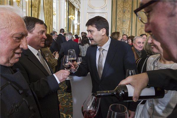 President Áder opens Csángó Ball in Budapest