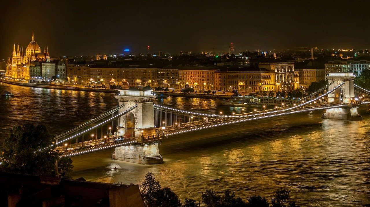 Budapest among the 25 most romantic cities of the world