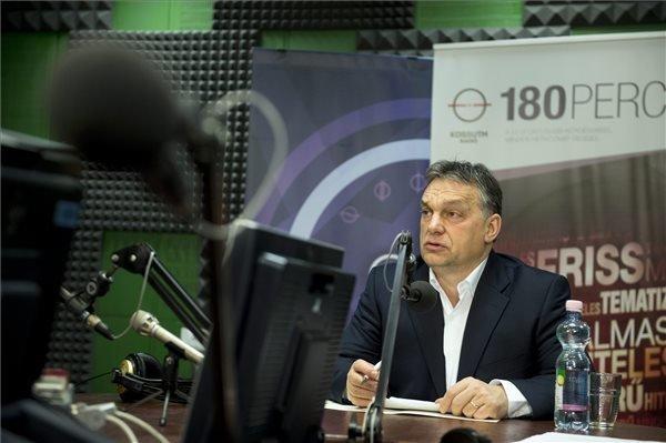 Orban: Illegal border-crossers must be taken into custody
