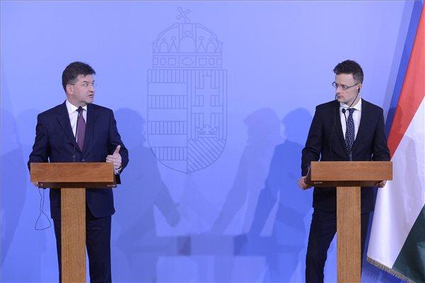 slovakia-hungary-foreign2
