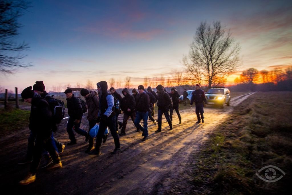 Orbán's cabinet again extends state of emergency due to migration crisis