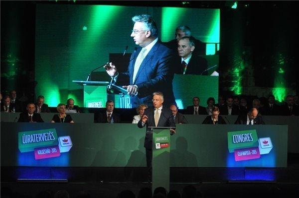 Semjen calls Transylvanian Hungarians to stick together