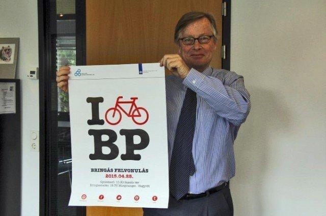 Dutch Ambassador: Budapest is a cheerful city where I love riding a bike