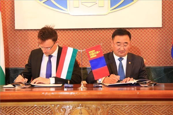 FM Szijjarto: Mongolia to become key tech export destination