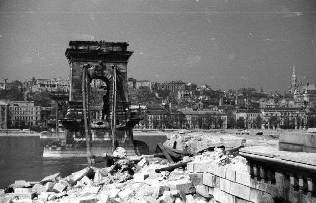 The destroyed Budapest in shocking pictures