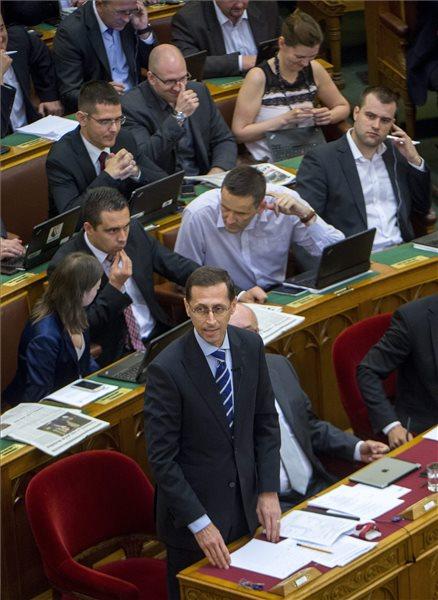 Parlt approves 2015 budget amendments