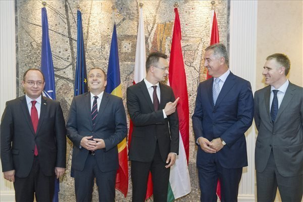 FM Szijjarto: Montenegro NATO accession in Hungary's interest